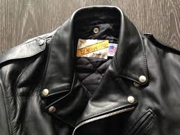 La primera chaqueta para motoristas  La Schott Perfecto en MonegrosCycles 6a6b61678dba